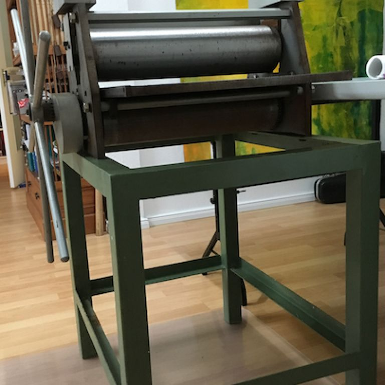 exhibition of paintings on canvas, etching and alugraphie/lithographie with special edition in Berlin. new printing press for intaglio, collagraphy,alugraphy